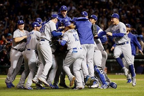 Dodgers repete placar do jogo 1 faz 3x3 na série e a grande final da MLB aab09052da9