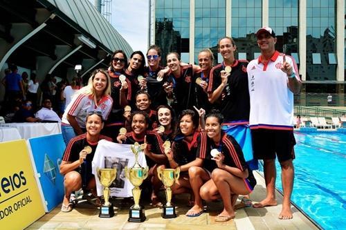 Equipe comemora título   Foto  Tássio Roberto   Click Fotografia    Photoshop   divulgação CBDA e8e1060ab2d6b