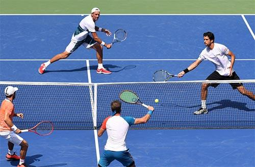 Kubot e Melo marcaram 2 sets a 1 na semifinal  / Foto: Pete Staples / USTA
